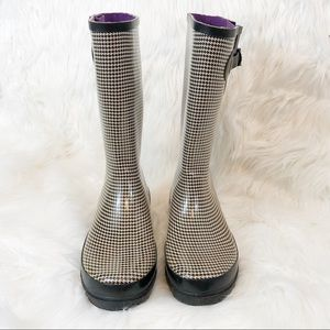 Stone Creek Rainboots Black and Cream Plaid Size 9